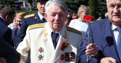 Александр Яковлевич Сухарев