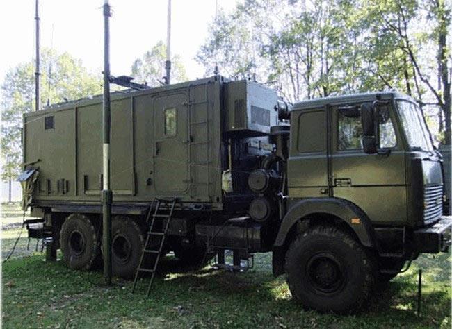 Мобильный многофункциональный узел связи П-261 Мускат